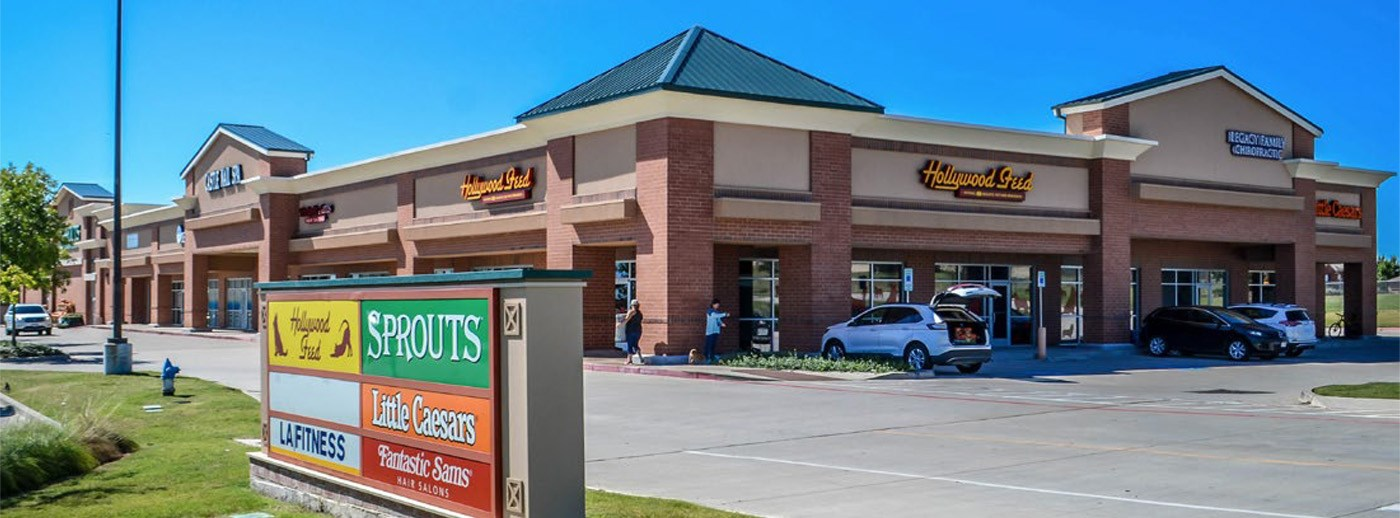 Weitzman negotiates sale of McKinney retail center