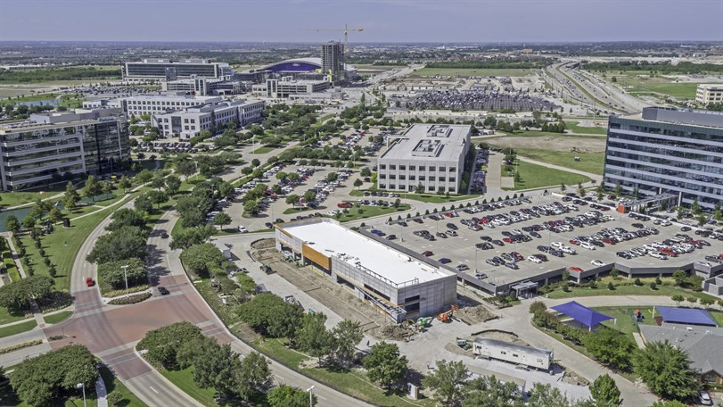 Newk's leases key retail space in Frisco
