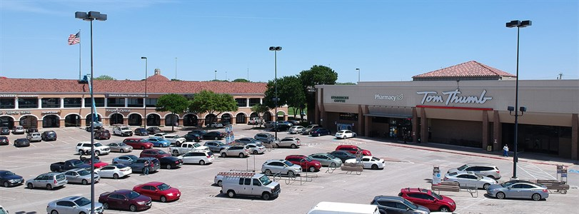 Partnership acquires Dallas retail center