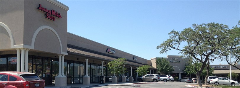 San Antonio retail center purchased for investment