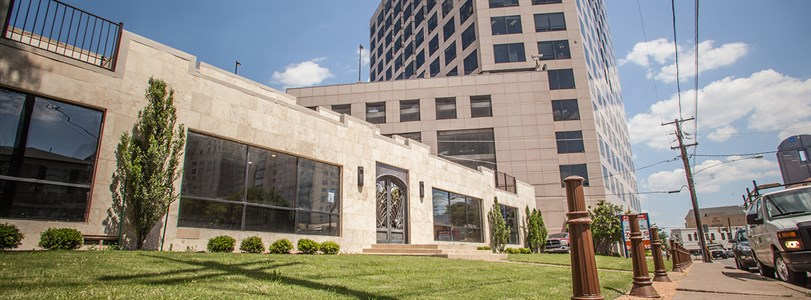 Weitzman handles Uptown Dallas office sale